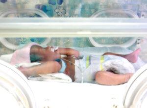 Ciaza-noworodek-opieka-nad-wczesniakiem