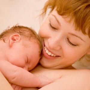 Ciaza-porod-mama-po-porodzie-_96962342