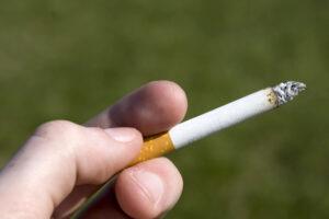 Ciaza-pytania-zdrowie-papierosy-102932360