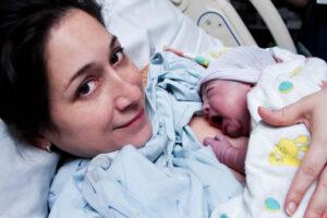 Po-porodzie-mama-91036391