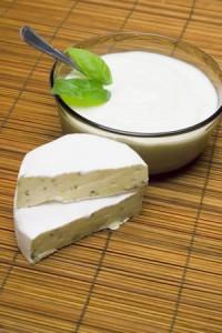 Noworodek-zywienie-od-kiedy-kefir-jogurt-5309110